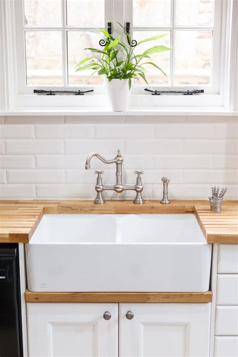 kitchens with belfast sinks best 25 belfast sink ideas on pinterest butcher block