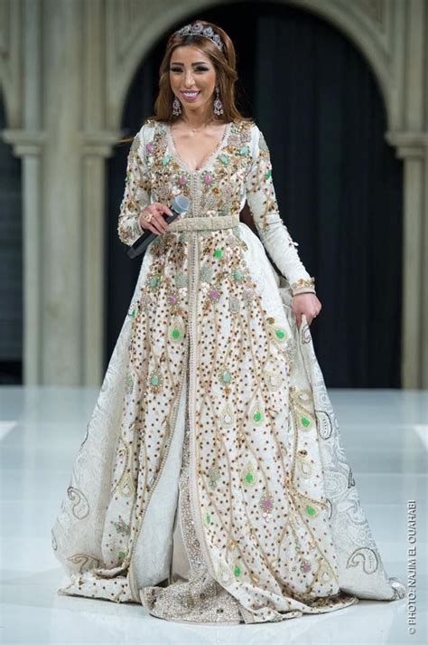 1122 Best Images About Caftan Haute Couture On Pinterest Kaftan Fashion Show