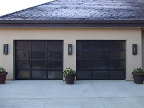 Overhead Door Sioux City The Quot Do S And Don Ts Quot Of Maintaining A Safe And Working Garage Door