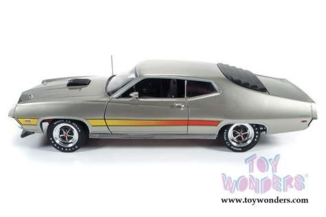 Auto World 1 18 American 1971 Ford Torino Gt Diecast Car Model 1971 Ford Torino Gt Top Amm1074 1 18 Scale Auto World