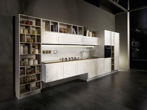 scaffali da cucina in cucina i vani a giorno fanno tendenza cose di casa