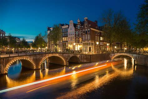 romantic places  travel   couple
