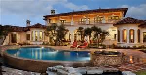 Mediterranean Style Home Description House Design Plans Fotos De Jardin Jardines De Casas Hermosas