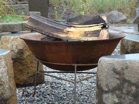 Fire Features Tumblestone Steel Firepit