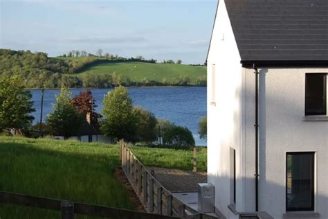 lake home airbnb top 10 airbnb homes in ireland the irish store guide