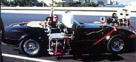 driving the original miami vice boat the miami vice ferraris american crime fighting italians