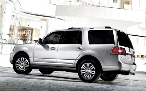 2012 lincoln navigator reviews 2012 lincoln navigator reviews and rating motor trend