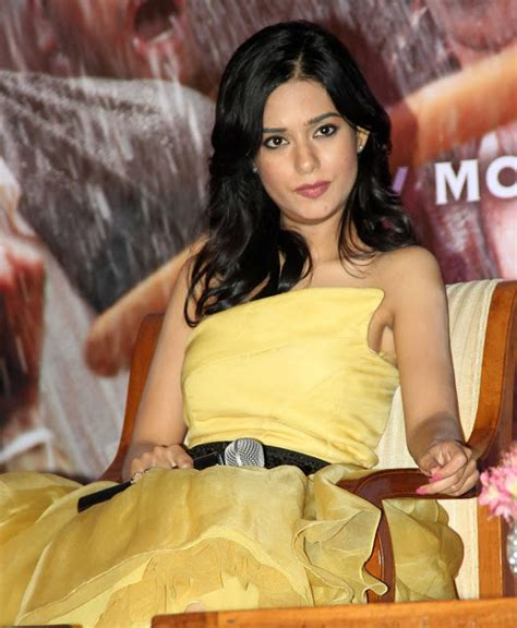 romance in bathroom without dress amrita rao hot in yellow skirt hd group sex