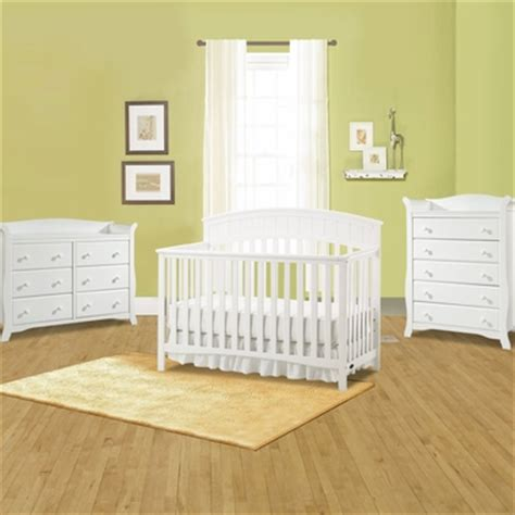 Graco Cribs Charleston 3 Piece Nursery Set Convertible Graco Charleston Convertible Crib White