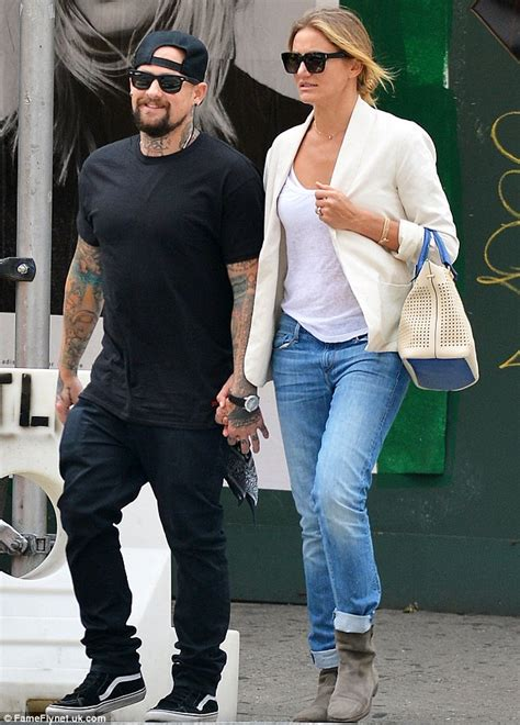 Cameron Diaz And Criss Maybe Dating by Cameron Diaz And Benji Madden Get Married At Beverly