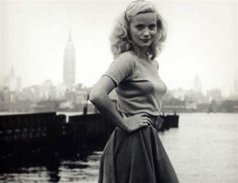 actress eva st marie 14 captivating photos of eva marie saint the star who