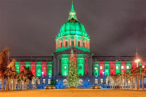 places to go see christmas lights 40 places to see stunning holiday lights for free