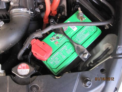2006 toyota highlander hybrid battery replacement 12v battery replacement detailed greenhybrid hybrid cars