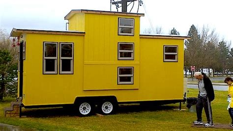 Interview With Stew Macinnes Tiny House Builder Caboose Tiny House