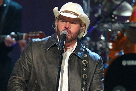 toby keith ryman toby keith makes his grand ole opry debut