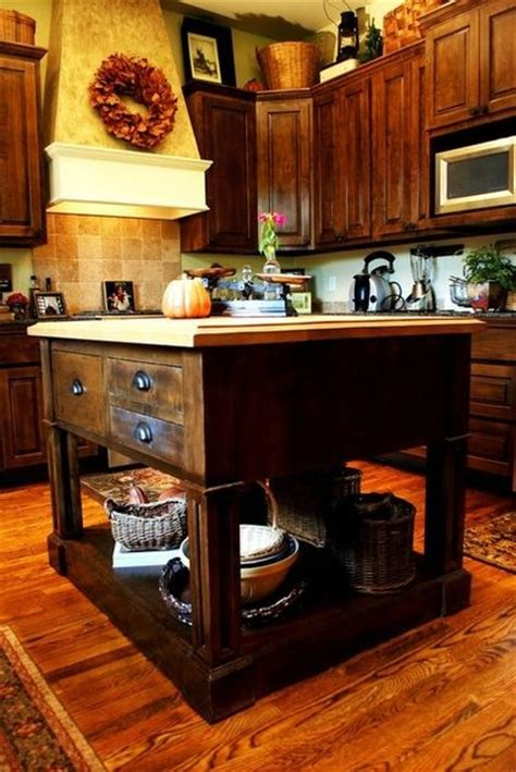 Building Traditional Kitchen Cabinets 101 Best Images About Island Inspiration On Kitchen Ideas Small Island And Small