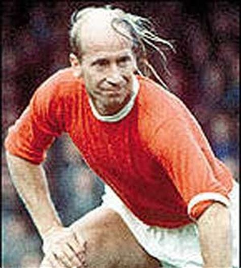 soccer player comb over bobby charlton another epic comb over fail epic