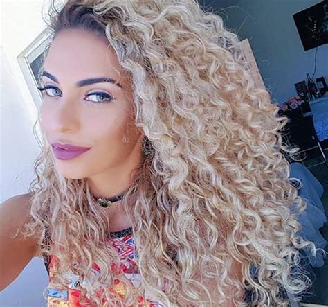 can you perm loose curls into bottom of hair 62 80 s hairstyles that will have you reliving your youth