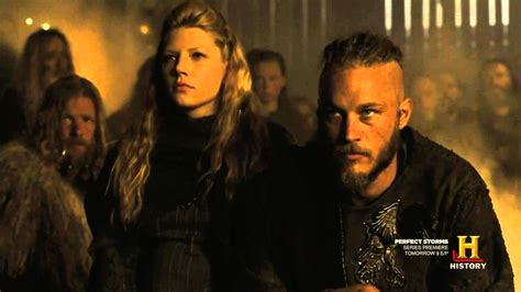 post mortem vikings creator discusses cruelest death history channel vikings lagertha hairstylegalleries com