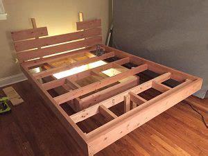 costruire letto in legno letti in legno straordinari e dove trovarli creare letti