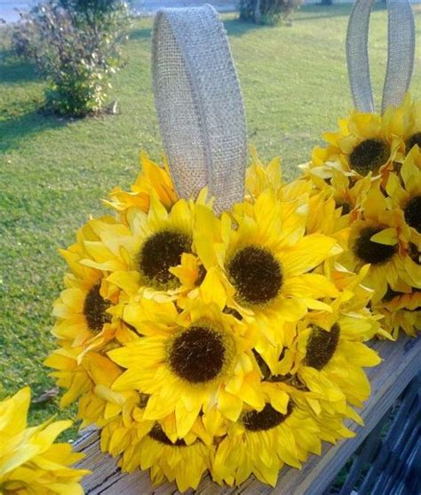 Sunflower Arrangements For Weddings by Beautiful Flowers And Unique Sunflower Wedding Decorating