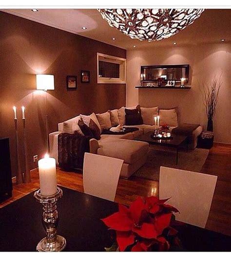 nice livingroom wall colour, very warm Modren Villa