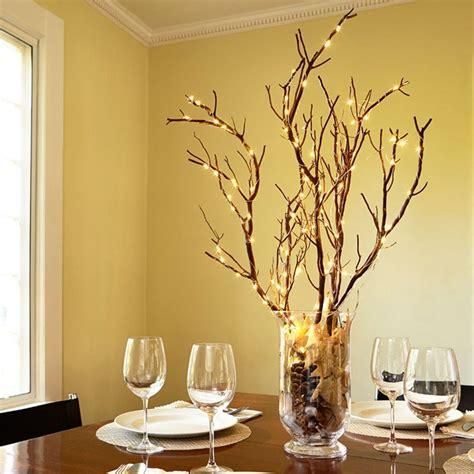 decorar jarrones con luces centros de mesa de navidad con luces navide 241 as para una