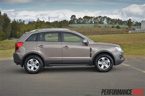 holden captiva 2014 2014 holden captiva 5 lt review performancedrive
