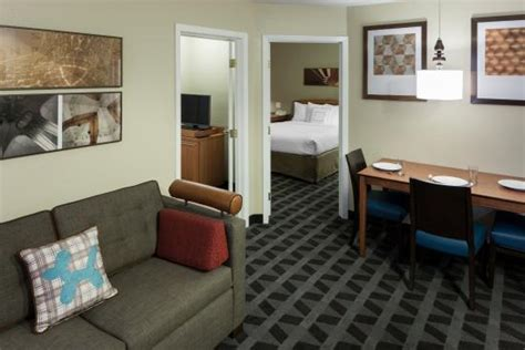 hotels with 2 bedroom suites in dallas tx towneplace suites dallas arlington north from 128