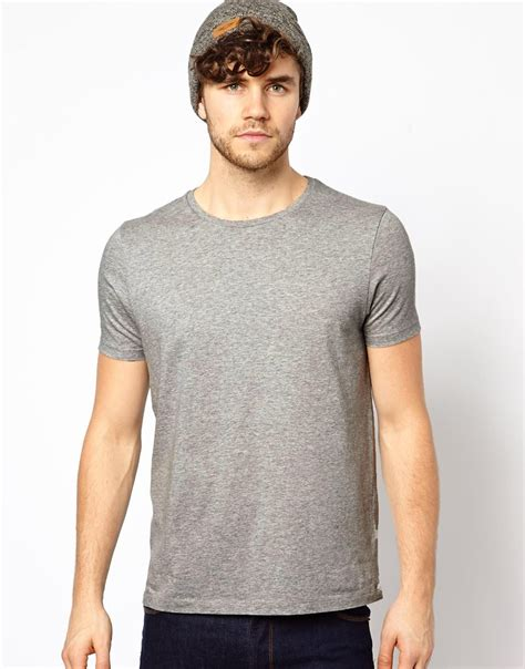 Kaos Jaman Now New 5 jenis kaos pria jaman now yang harus kamu punya