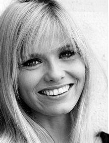 kelly cbell actress wiki brooke bundy wikipedia