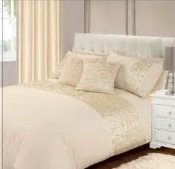 Cream colour stylish crinkle textured faux silk duvet cover luxury