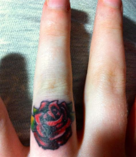 finger tattoo cons 49 best tattoo images on pinterest tattoo ideas crowns