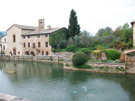 bagno vignoni italia panoramio photo of bagno vignoni italia