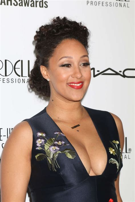 is la hair coming back in 2016 tamera mowry 2016 make up artist and hair stylist guild