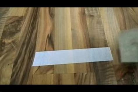 Aufkleber Von Holz Entfernen So Klappt S by Video Doppelseitiges Klebeband Entfernen