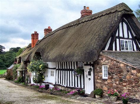 Cottages Leicestershire thatched cottage newtown linford leicestershire by kev747