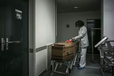chambre mortuaire hopital la chambre mortuaire de bichat brise un tabou en ouvrant
