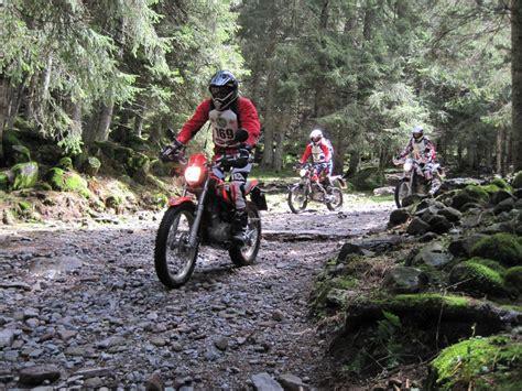 Trial Motorrad Einsteiger by Enduro Wandern In Der Lombardei