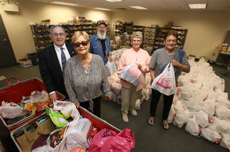 Billerica Food Pantry billerica food pantry seeks a new home again lowell sun
