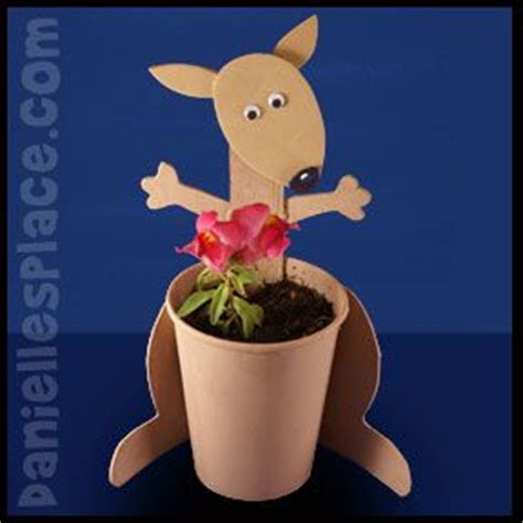 kangaroo paper craft kangaroo craft kangaroos and planters on