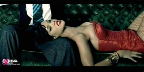 Setelan Baby U Can See Maroon maroon 5 feat rihanna if i never see you again hd rihanna image 19679671 fanpop
