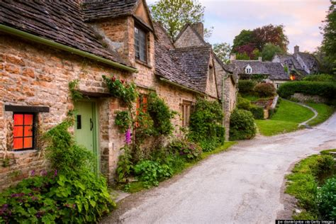 bibury cottages visiting bibury the most charming ancient in