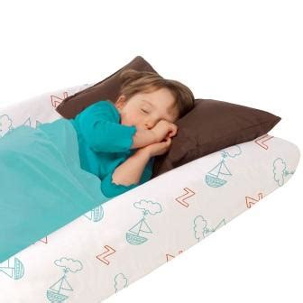 best toddler travel bed best toddler travel bed aug 2017 buyer s guide and reviews