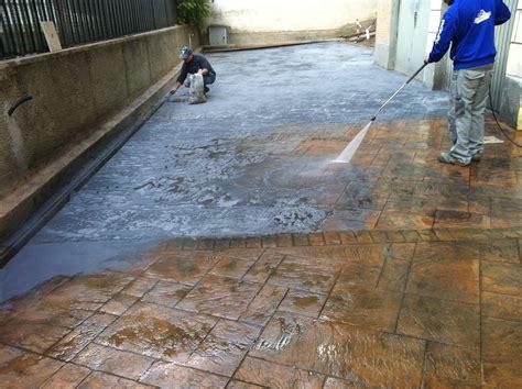 pavimento esterno cemento prezzi pavimenti in cemento per esterni prezzi mattonelle da
