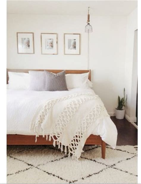 bed rugs pin by lovely clusters on bedrooms pinterest neutral