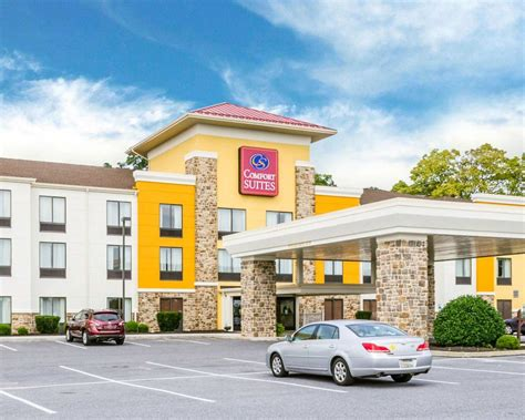 comfort suites amish country lancaster pa comfort suites amish country in lancaster pa 717 299 7