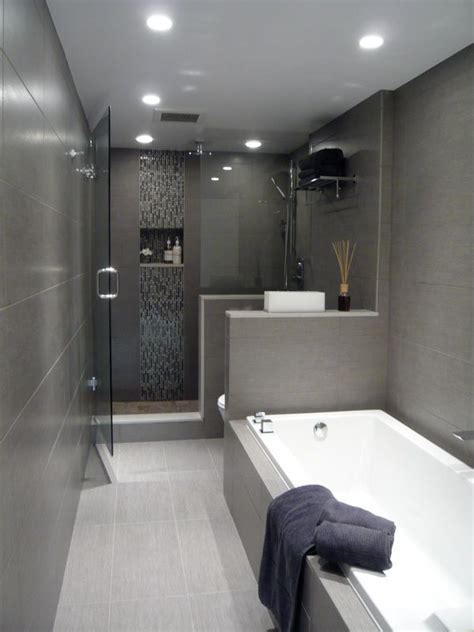 small modern bathrooms best 25 tiled bathrooms ideas on