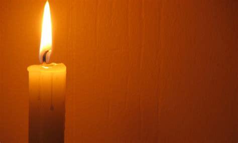 luce candela alla luce di una candela opera santuario madonna di