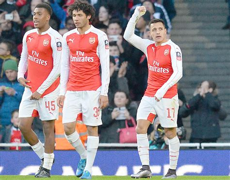 alexis sanchez vs burnley arsenal s fa cup win over burnley in pictures sport